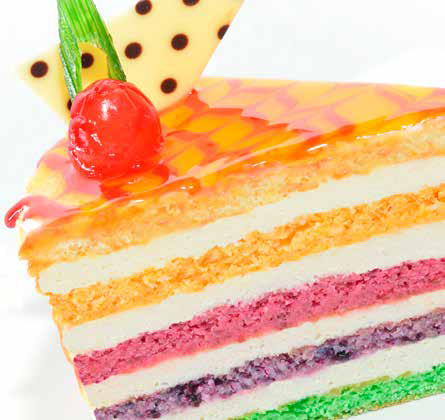 Cake with concentrated fruit pastes